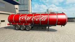 La peau de Coca-Cola sur la remorque